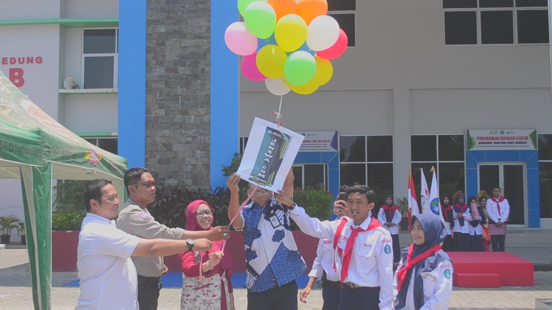 Pelepasan balon menjadi tanda Jenewa.com telah dimulai